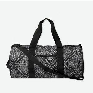 Lowest price💖 VS PINK bandanna Paisley  bag